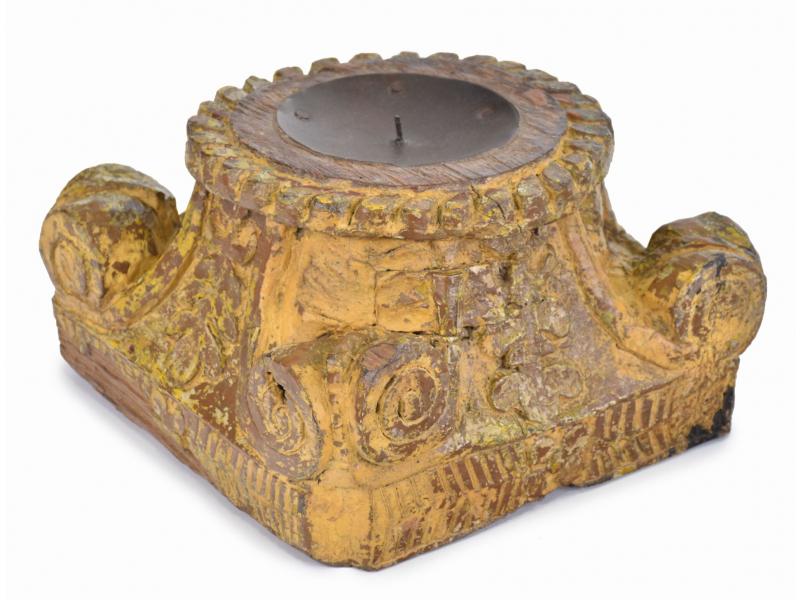 Svícen z hlavice starého sloupu, 30x30x18cm