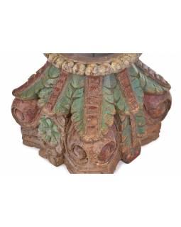 Svícen z hlavice starého sloupu, 30x30x33cm