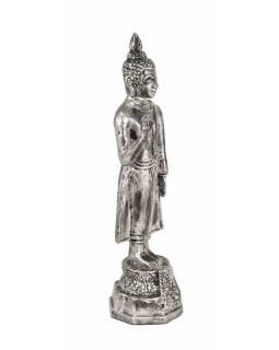 Narozeninový Buddha, pondělí,  pryskyřice, stříbrná patina, 30cm