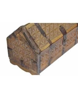 Antik truhlička z teakového dřeva, ručně vyřezávaná, 28x13x13cm