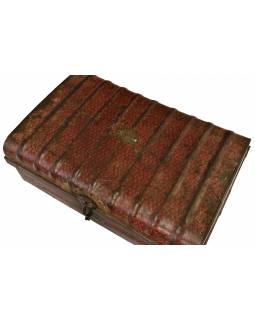 Plechový kufr, staré příruční zavazadlo, 66x44x28cm