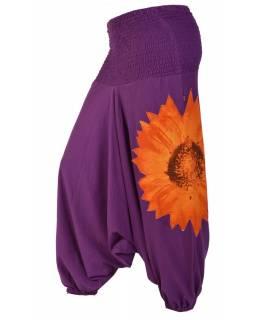 Fialové turecké kalhoty s velkou žlutou květinovou aplikací, bobbin