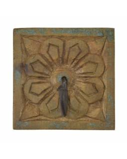 Věšáček na zeď, ručně vyřezávaný, 10x2x10cm