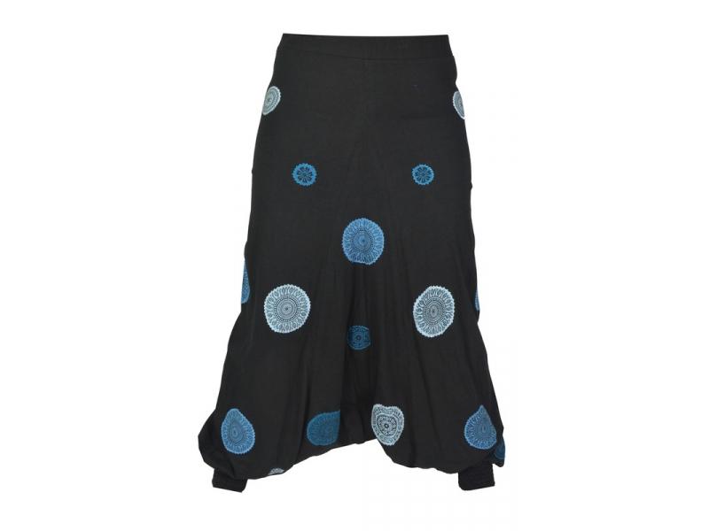 Černé turecké kalhoty s modrými Chakra aplikacemi 23901db5c2