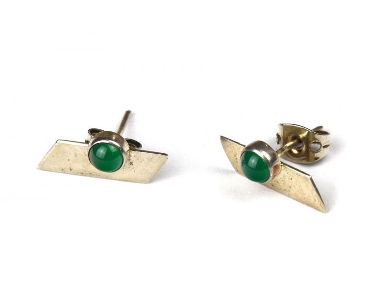 Stříbrné náušnice, pár, zelený kamínek, 13x7mm, zapínání na puzetu (AG 925)