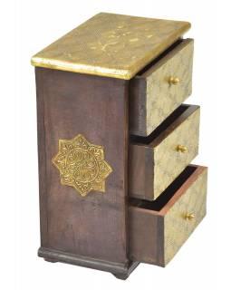 Dřevěná skříňka s mosazným kováním, 3 šuplíky, 21x13x29cm