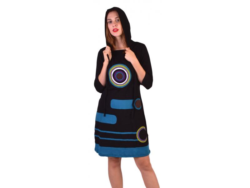 Krátké šaty, 3/4 rukáv, černé, barevné kruhy, modré pruhy, kapuce
