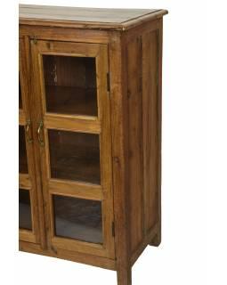 Prosklená skříňka z teakového dřeva, 152x45x106cm