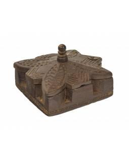 Krabička na Tiku, stará původní krabička na práškové barvy, 17x15x11cm