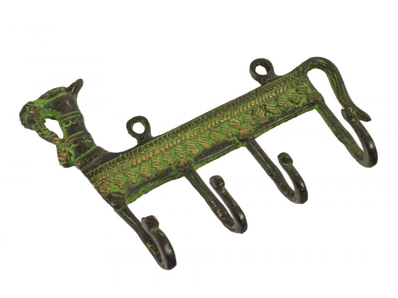 """Věšáček velbloud, """"Tribal Art"""", zelená patina, mosaz, čtyři háčky, 16cm"""