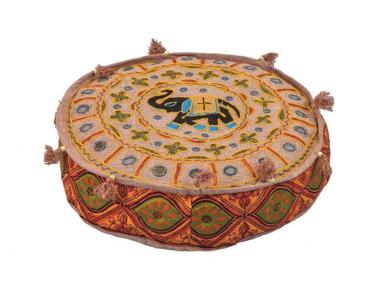Meditační polštář, ručně vyšívaný Gujarat Elephant Design kulatý 40x12cm