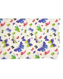 Šátek z viskózy, bílý s barevným potiskem motýlů, 75x180 cm
