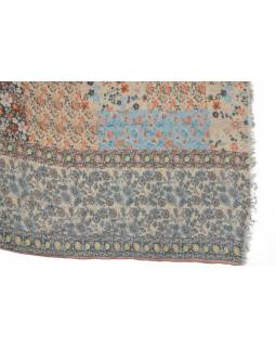 Šátek z bavlny, barevný, potisk drobných květin 107x176cm