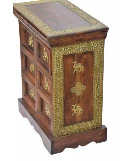 Noční stolek z palisandru, zdobený mosazným kováním, 50x30x60cm