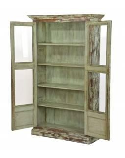 Prosklená skříňka z teakového dřeva, tyrkysová patina, 103x39x172cm