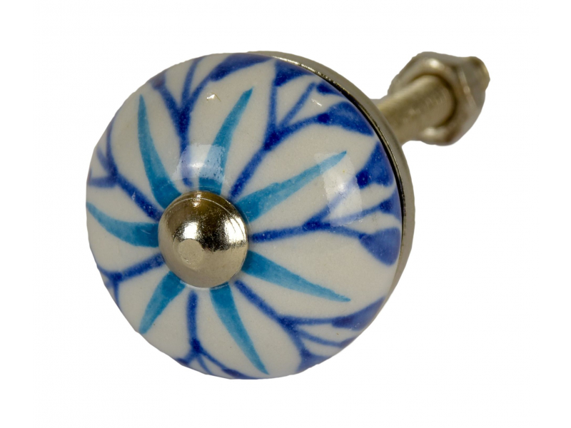 Malované porcelánové madlo na šuplík, bílé s modrou květinou, průměr 2,7 cm