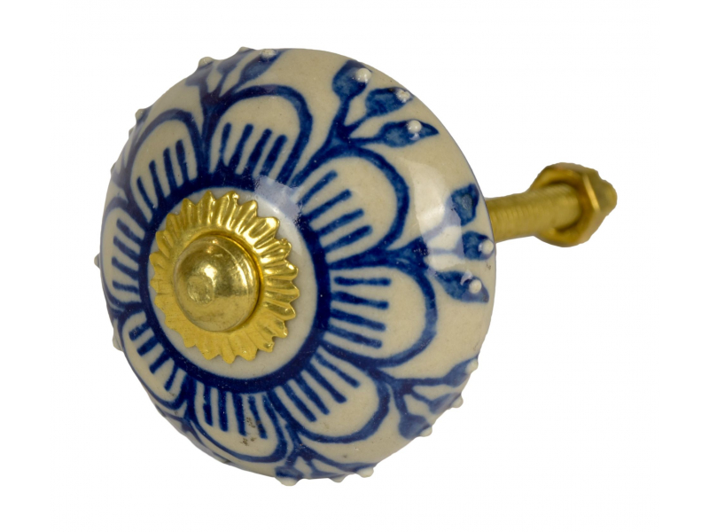 Malovaná porcelánová úchytka na šuplík, bílá, modrá malovaná květina, 4 cm