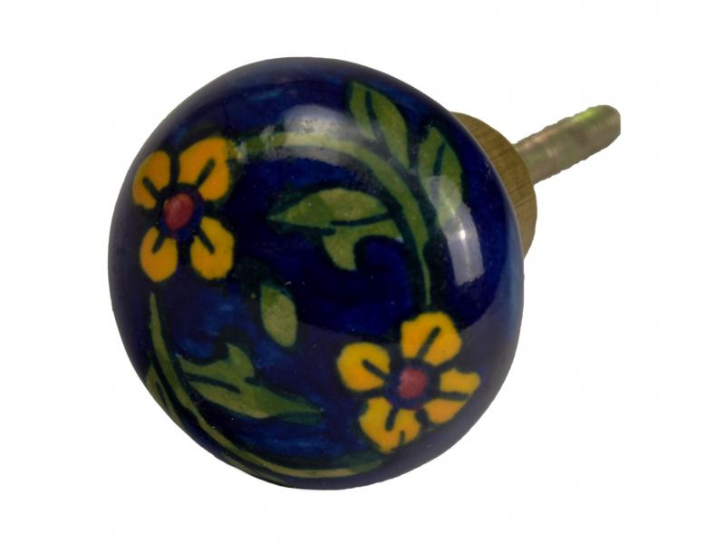 Malovaná porcelánová úchytka na šuplík, modrá, žluté květiny, průměr 3,7 cm