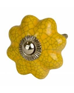 Malovaná porcelánová úchytka na šuplík, žlutá, tvar květu, popraskaný efekt, 4cm