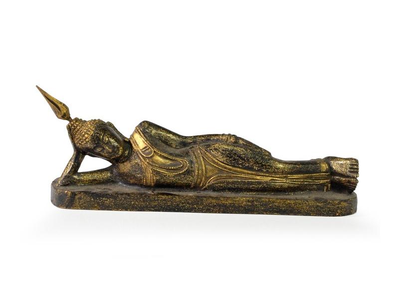 Narozeninový Buddha, úterý, teak, černo-zlatá patina, 26cm
