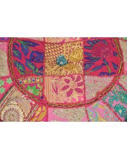 Taburet, Rajasthan, patchwork, Ari bohatá výšivka, růžový podklad, 54x54x30cm