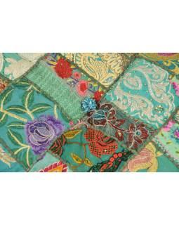 Taburet, Rajasthan, patchwork, Ari bohatá výšivka, zelený  podklad, 54x54x33cm