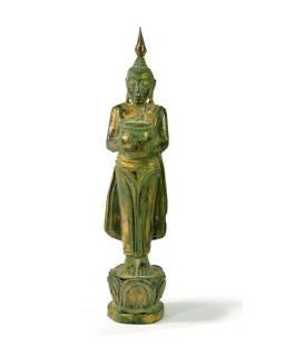 Narozeninový Buddha, středa, teak, zelená patina, 26cm