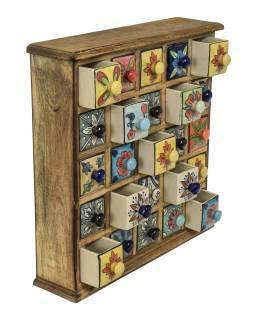 Dřevěná skříňka s 25 keramickými šuplíky, ručně malovaná, 38x9x38cm