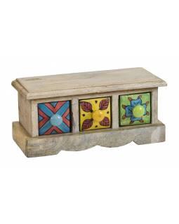 Dřevěná skříňka se 3 keramickými šuplíky, ručně malované, 25x10x11cm