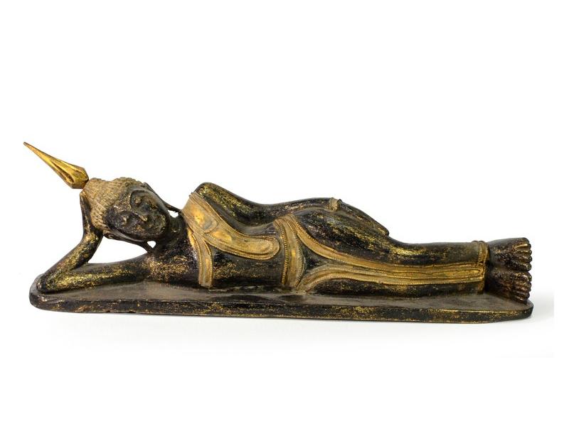 Narozeninový Buddha, úterý, teak, černo - zlatá patina, 35cm
