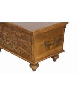 Truhla z mangového dřeva, ručně vyřezávaná, hnědá úprava, 58x34x35cm