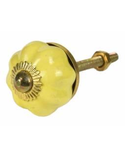 Malovaná porcelánová úchytka na šuplík, žlutá, tvar květiny, zlatý dekor, 3cm