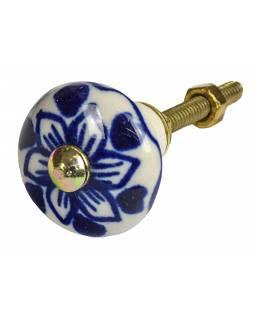 Malovaná porcelánová úchytka na šuplík, bílá, modrá retro kresba, 2,8cm