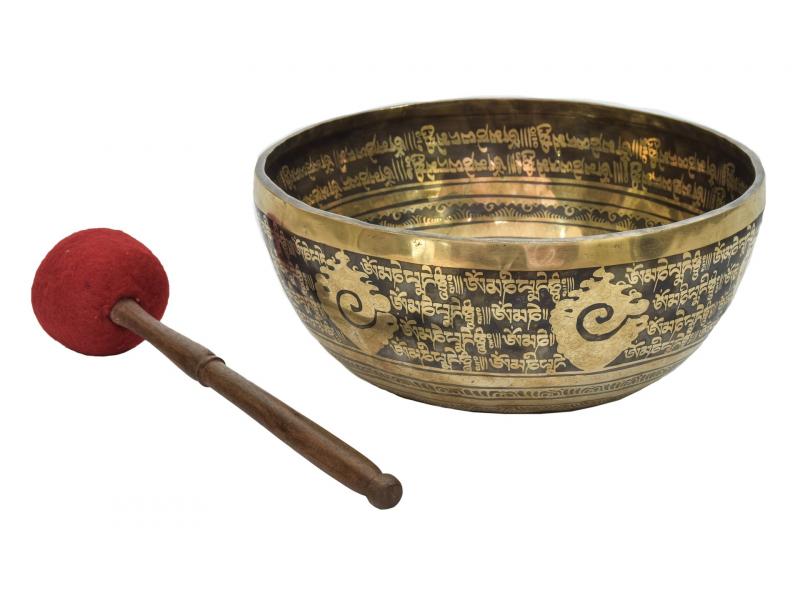 """Tibetská mísa, """"Gulpa"""", gravírovaná s designem, průměr 32cm"""