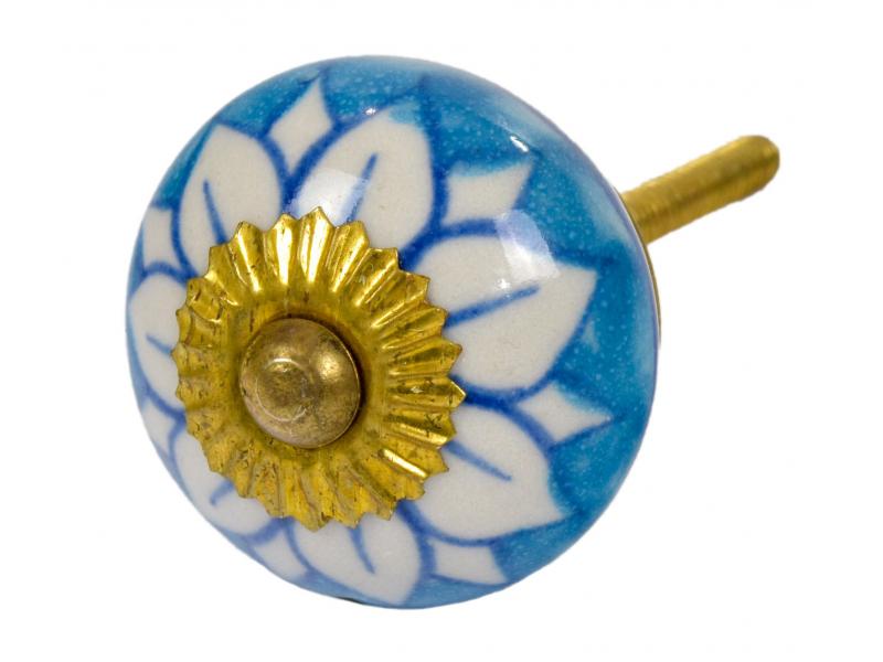 Malovaná porcelánová úchytka na šuplík, modrá s bílou květinou, průměr 3,9cm