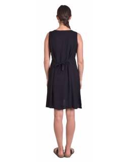 Krátké letní volné šaty, černé, bez rukávu s výšivkou, vázání na zádech