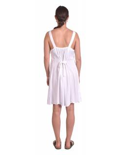 Krátké letní volné šaty, sněho-bílé, na ramínka s výšivkou, vázání na zádech