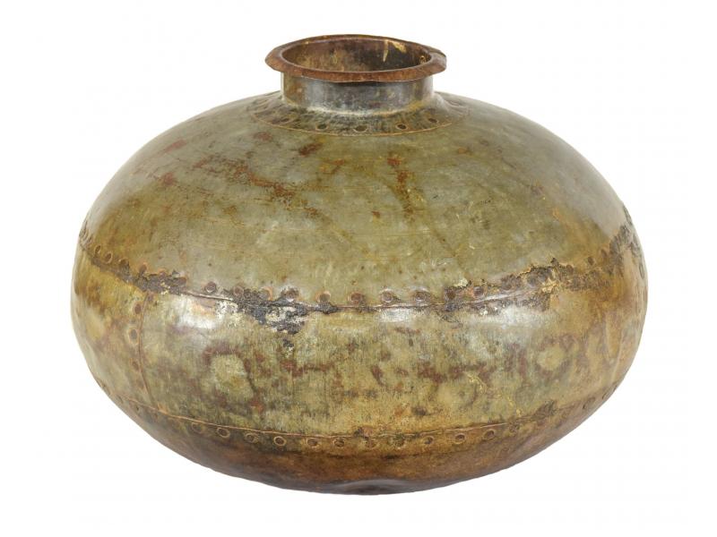 Starožitná kovová váza, průměr 40cm, výška 28cm