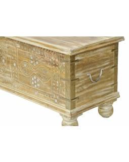 Truhla z mangového dřeva zdobená zrcátky a kováním, bílá patina, 144x40x45cm