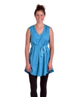 Krátké šaty bez rukávů, tyrkysovo-modré, drobný potisk květin, pásek
