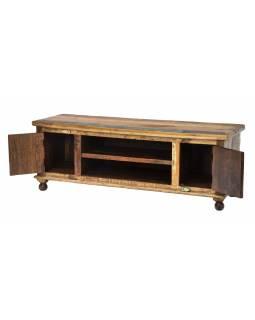Komoda pod TV z teakového dřeva zdobená mosaznými Buddhy, 140x45x50cm