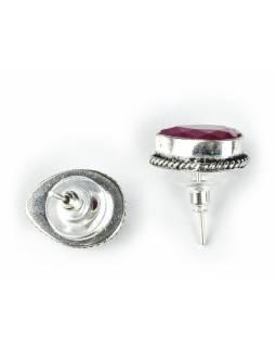 Náušnice s polodrahokamem, rekonstruovaný rubín, tvar kapky postříbřeno (10µm)