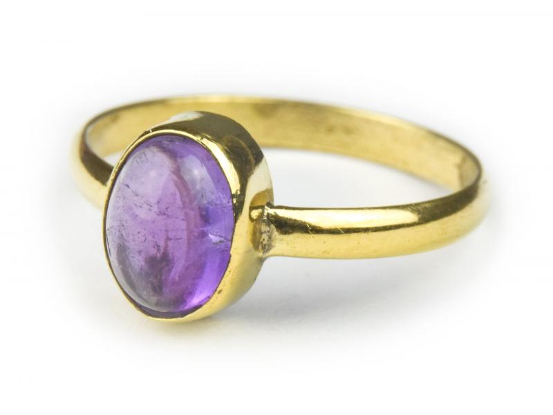 Prsten vykládaný ametystem, postříbřený (10µm)