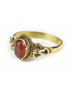 Prsten s polodrahokamem, karneol 8mm, oválný, zdobený, postříbřený (10µm)