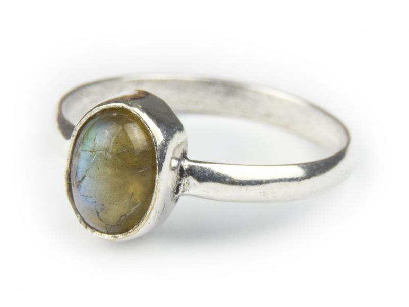 Prsten s polodrahokamem, labradorit 9mm, postříbřený (10µm)