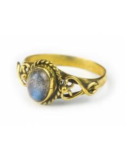 Prsten s polodrahokamem, labradorit 8mm, zdobený, postříbřený (10µm)
