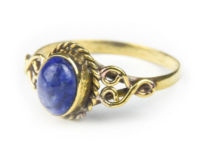 Prsten s polodrahokamem, lapis lazuli 8mm, oválný, zdobený, postříbřený (10µm)
