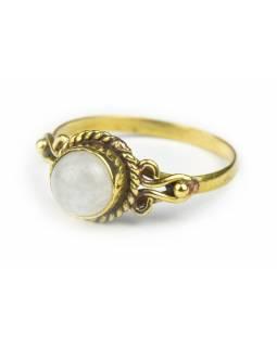 Prsten s polodrahokamem, měsíční kámen 7mm, zdobený, postříbřený (10µm)