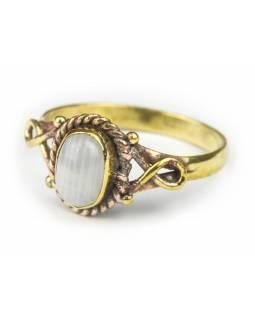 Prsten s polodrahokamem, měsíční kámen 9mm, zdobený, postříbřený (10µm)