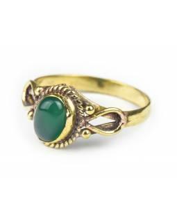 Prsten s polodrahokamem, zelený onyx 8mm, zdobený, postříbřený (10µm)